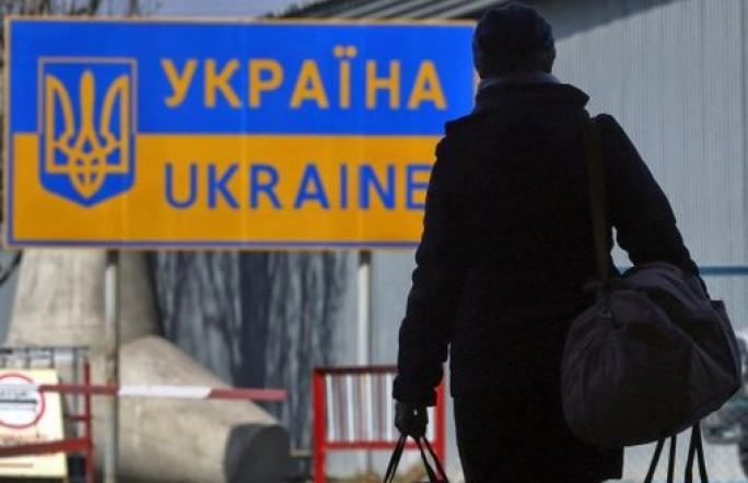 Украинские беженцы меняют справки на свидетельства