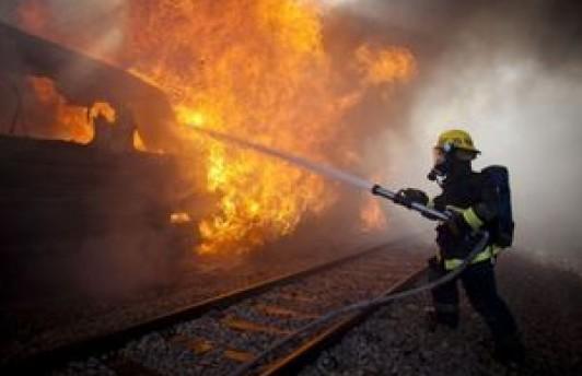 МЧС сообщает: на Войновке загорится пассажирский вагон