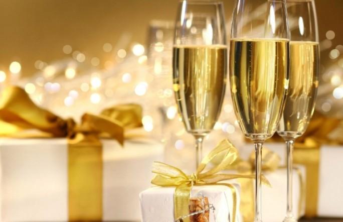На телеэкранах снова появится реклама вина и шампанского