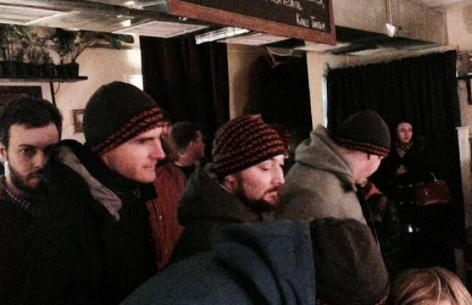 «титушки» совершили погром в московском ресторане «Бобры и утки»