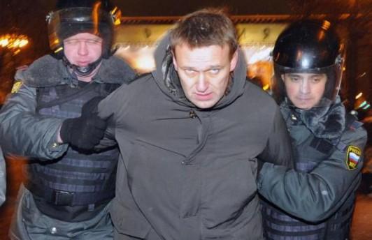 Оппозиционера Алексея Навального арестовали на 15 суток