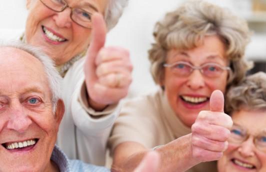 Пенсии работающим пенсионерам платить не будут