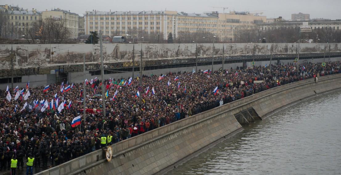 «Не забудем! Не простим!». Как прошло траурное шествие в Москве