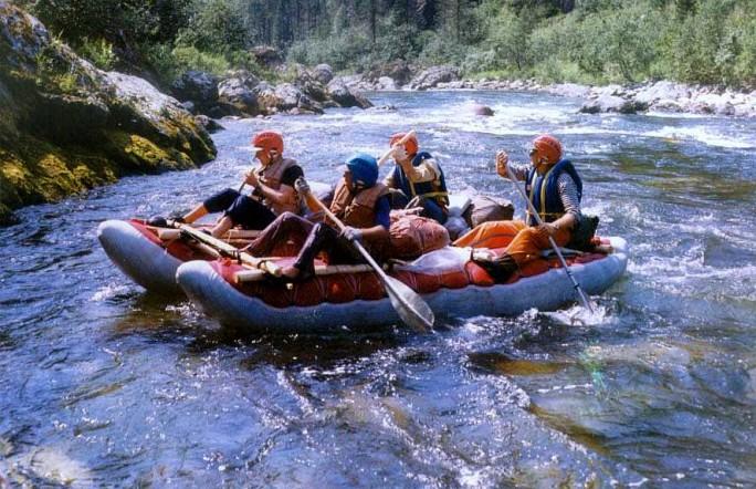 Дворец спорта приглашает всех принять участие в водном походе  «Ай на Первомай»