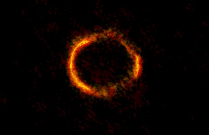 Телескоп ALMA сфотографировал «Кольцо Эйнштейна»