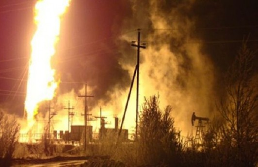 На Бованенсковском месторождении загорелась газовая скважина
