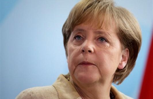 Российская оппозиция намерена встретиться с Меркель в Москве