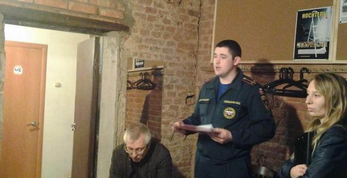 В «Театре.DOC» начались прокурорские проверки после спектакля «Болотное дело»