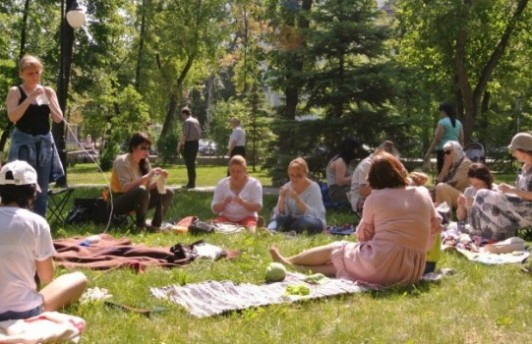 Всемирный день вязания пройдёт в Александровском саду